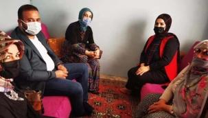 Uzmanlar uyarıyor ama AKP'liler ev ziyaretlerine devam ediyor